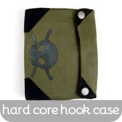 042-HardcoreHookCase